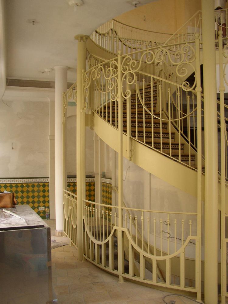 Restaurant 1 Treppe & Geländer