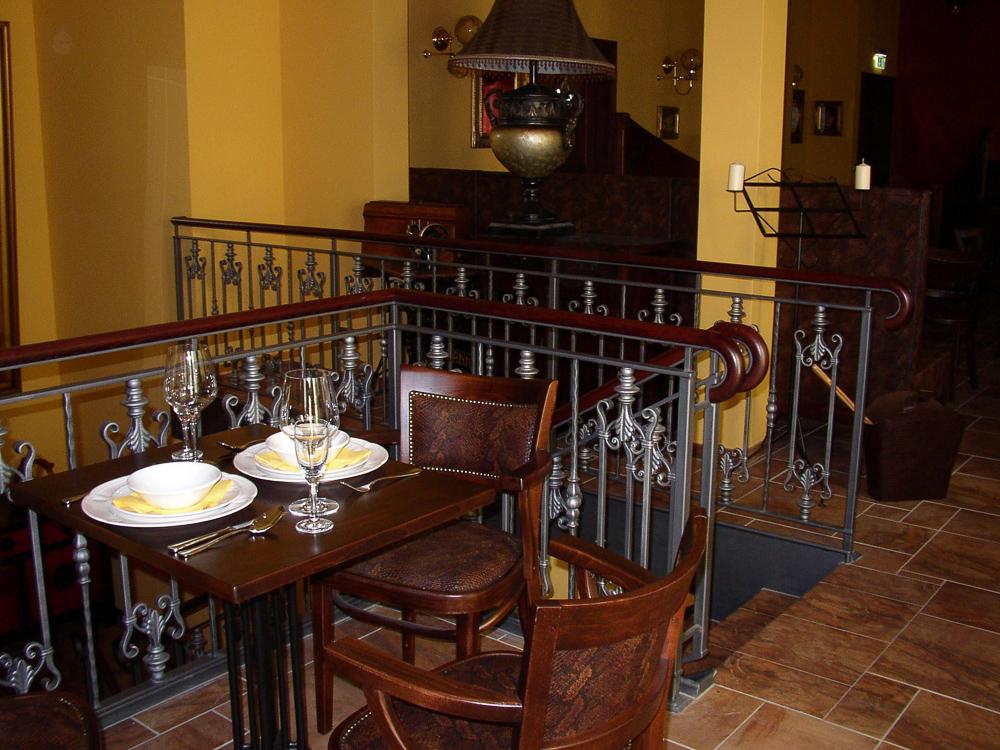 Restaurant 2 Geländer